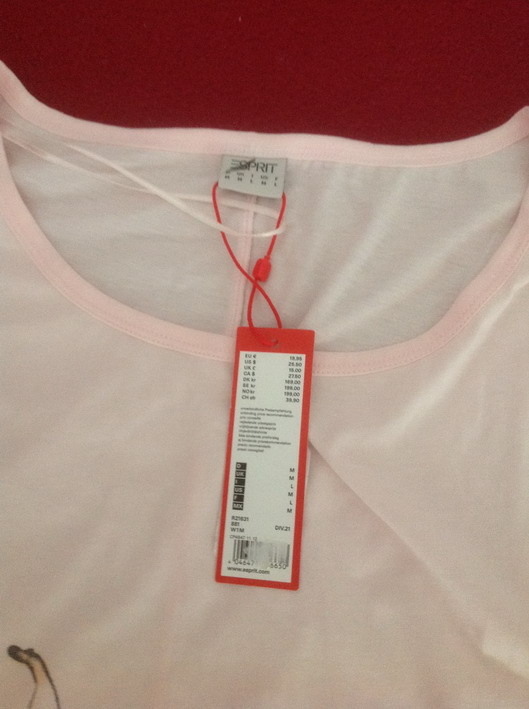 ESPRIT edc品牌的衣服 全新带吊牌 M码 喜欢进来看看吧图片