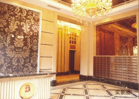 整体风格以欧式五星级酒店大堂