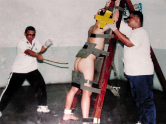 新加坡鞭刑