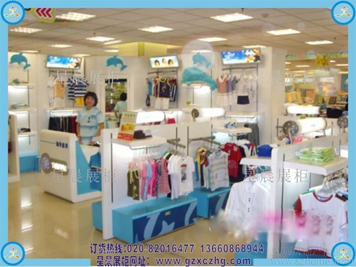 如何对服装店进行布置,这就和童装展柜脱离不了关系了,个性时尚的服装