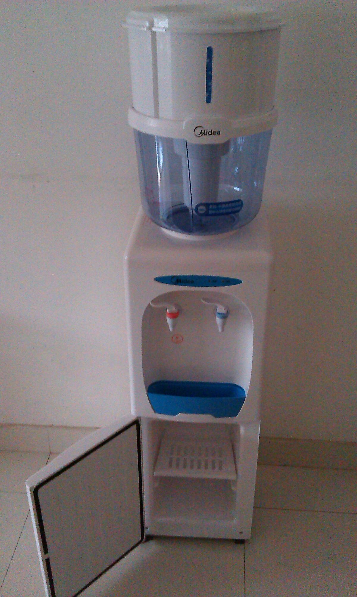 让闲置美的饮水机+美的净水桶