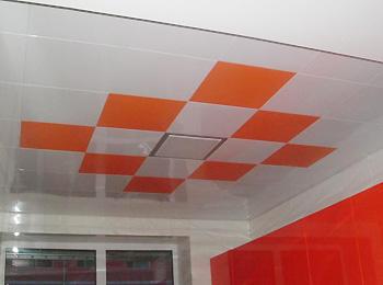 如何搭配厨房天花板吊顶