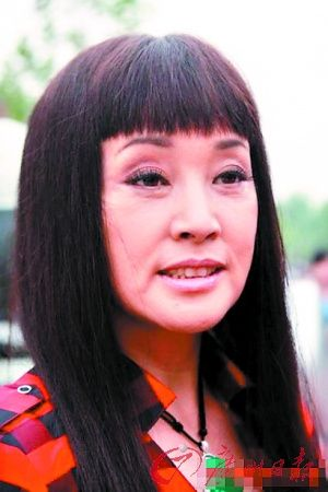 刘晓庆的婚照,不佩服都不行