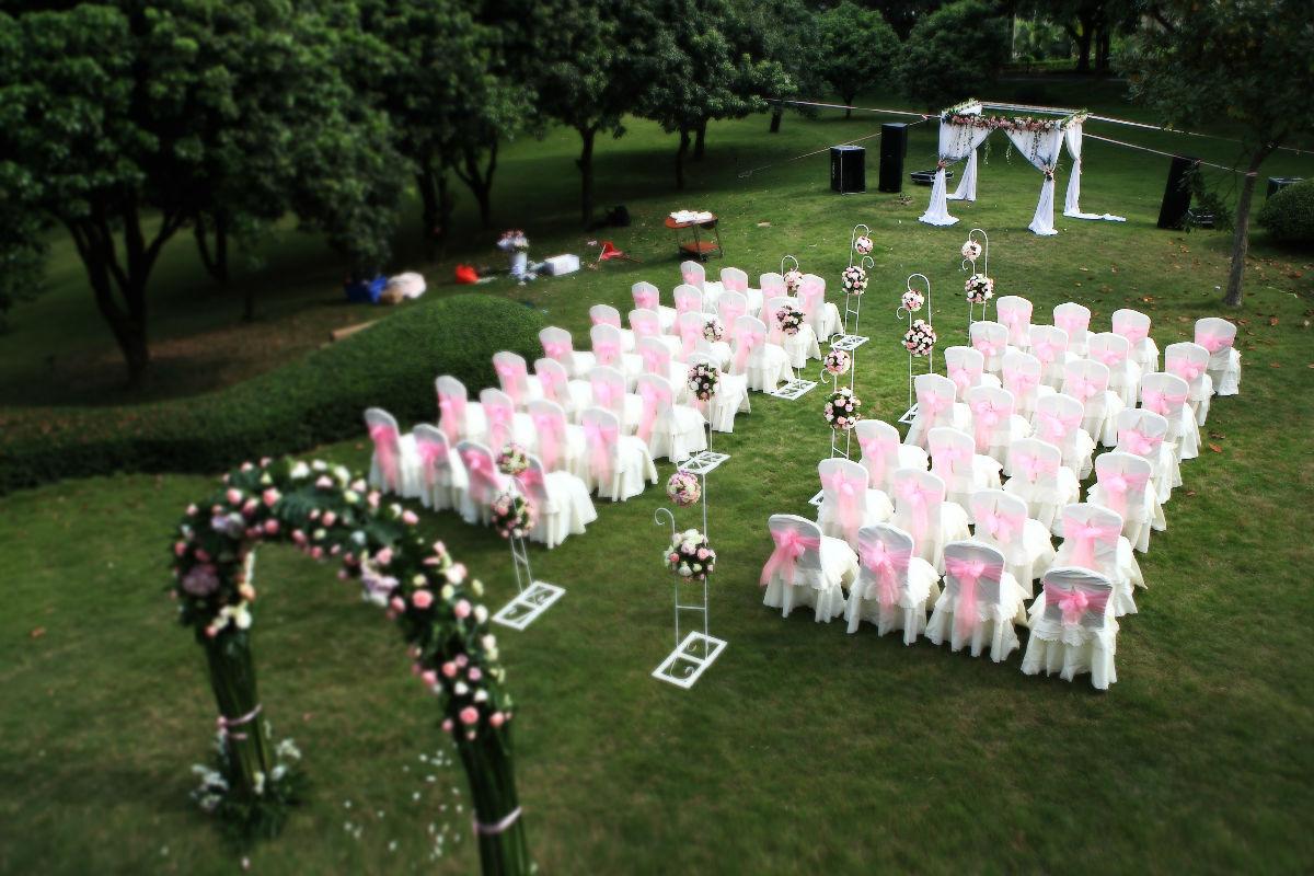 忆我的西式小型别墅户外party婚礼