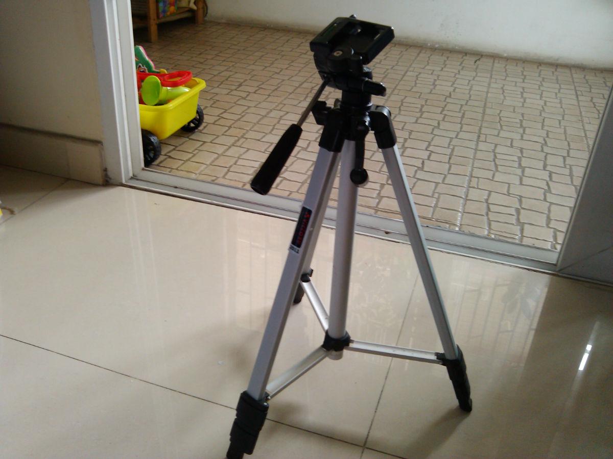150元转50*70摄影棚 灯泡 照相机三脚架