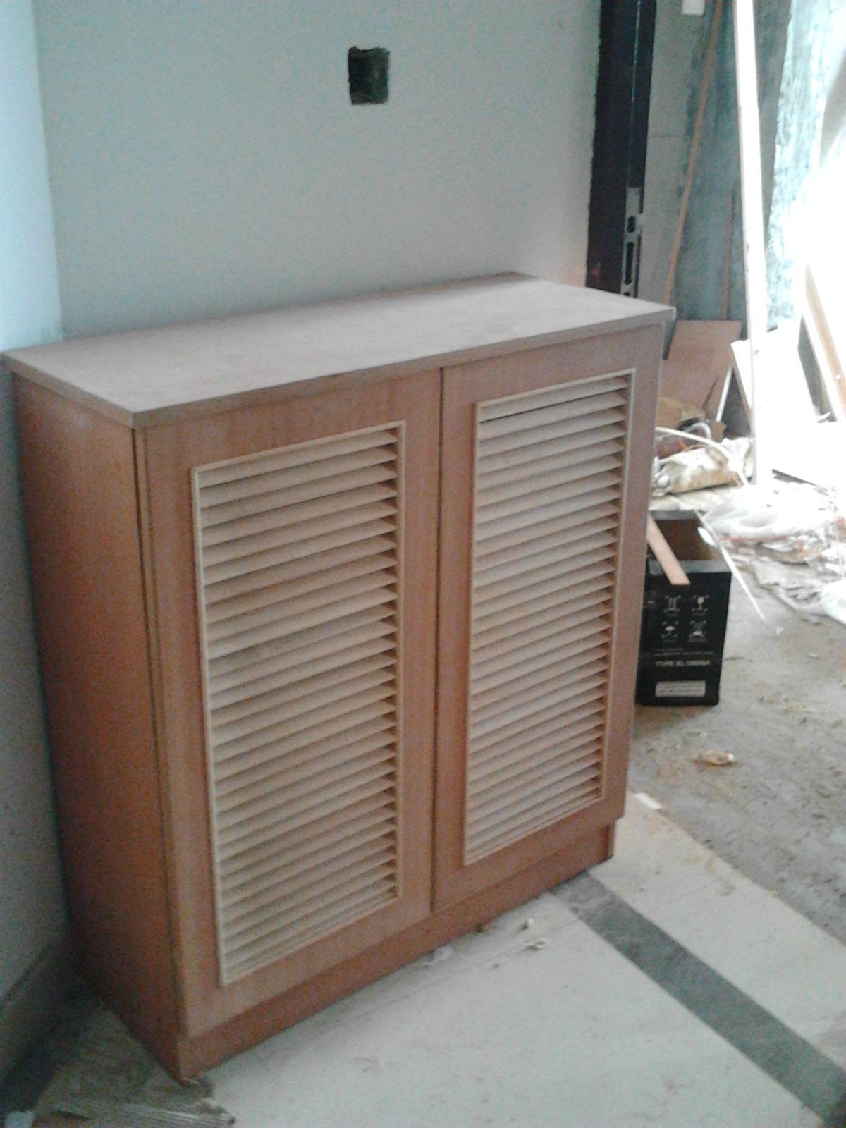 请木工做衣柜价格pk定制衣柜价格