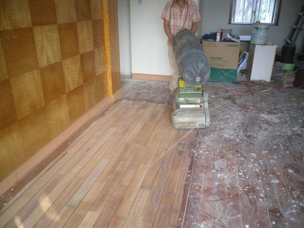晒晒做的二手房的木地板翻新图片