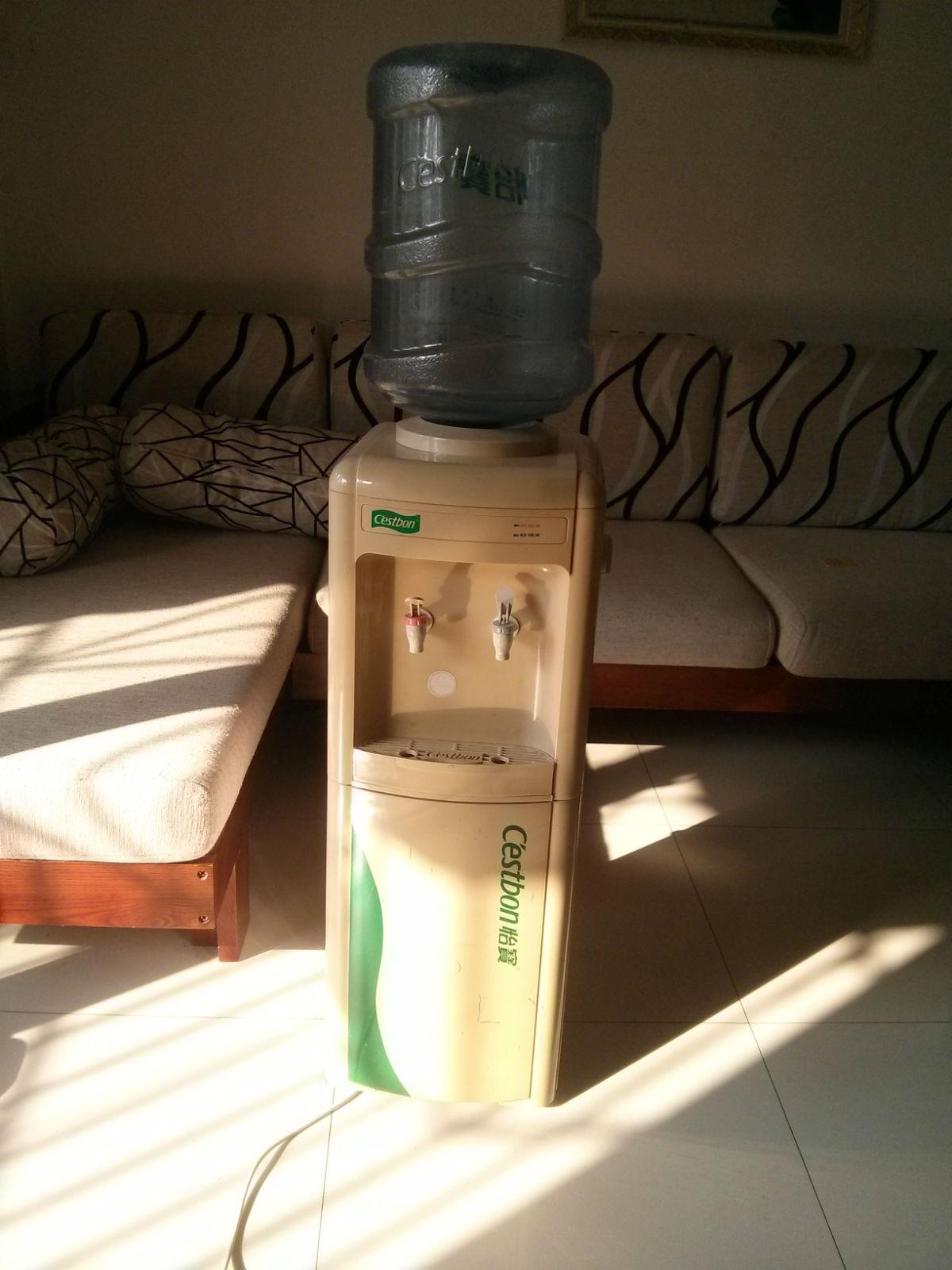 怡宝冰热立式饮水机,带桶.换物或换米