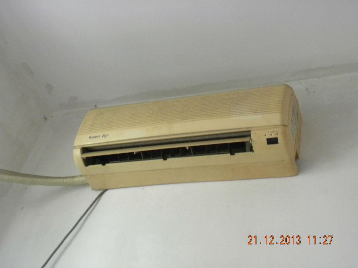 蛇口格力空调,实木婴儿床,真皮沙发,茶几,电视柜音箱