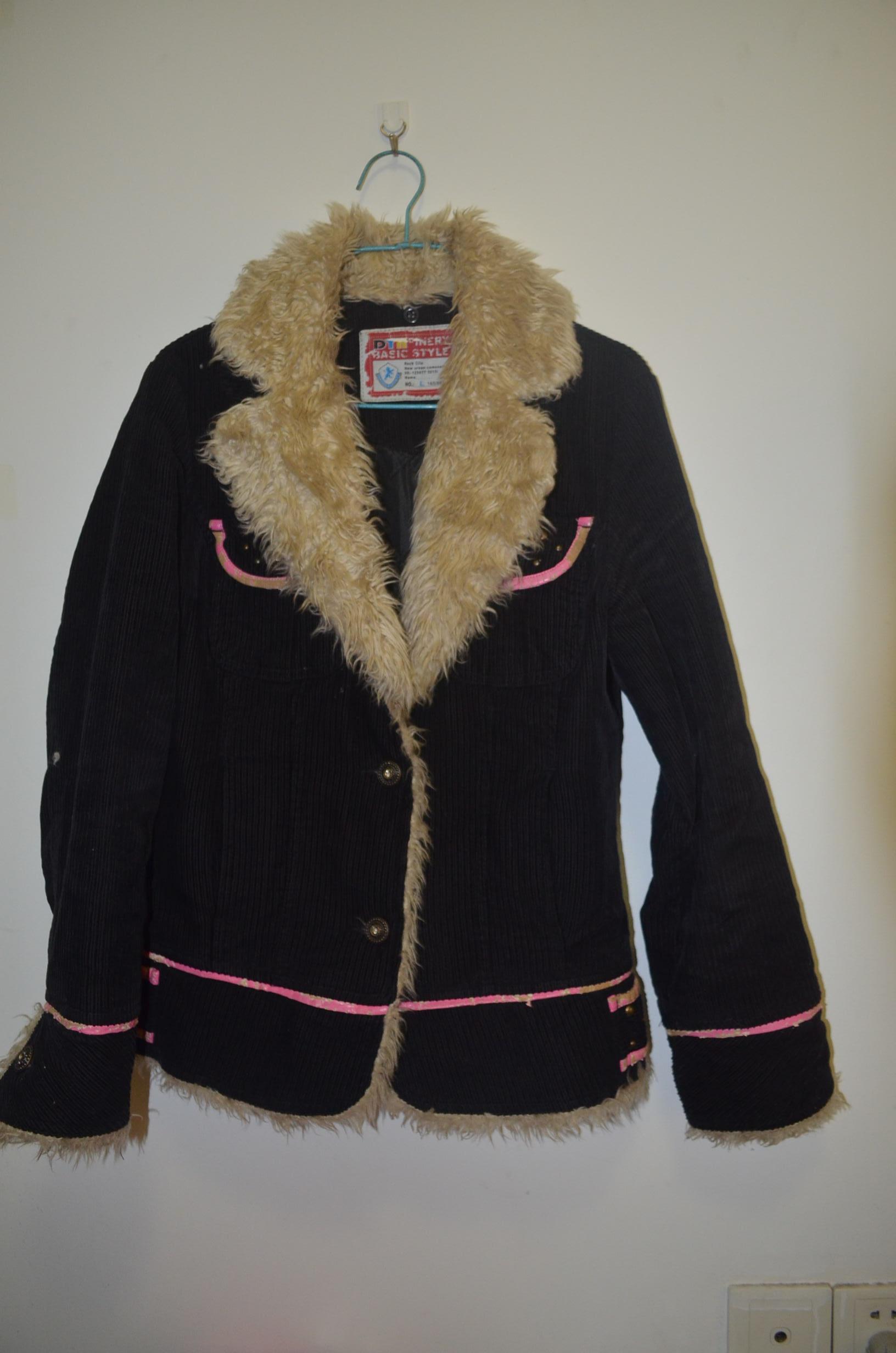 > 转一些秋冬季衣服,2元起,有买有送