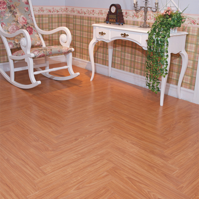 很多消费者认为木地板比地砖贵的多
