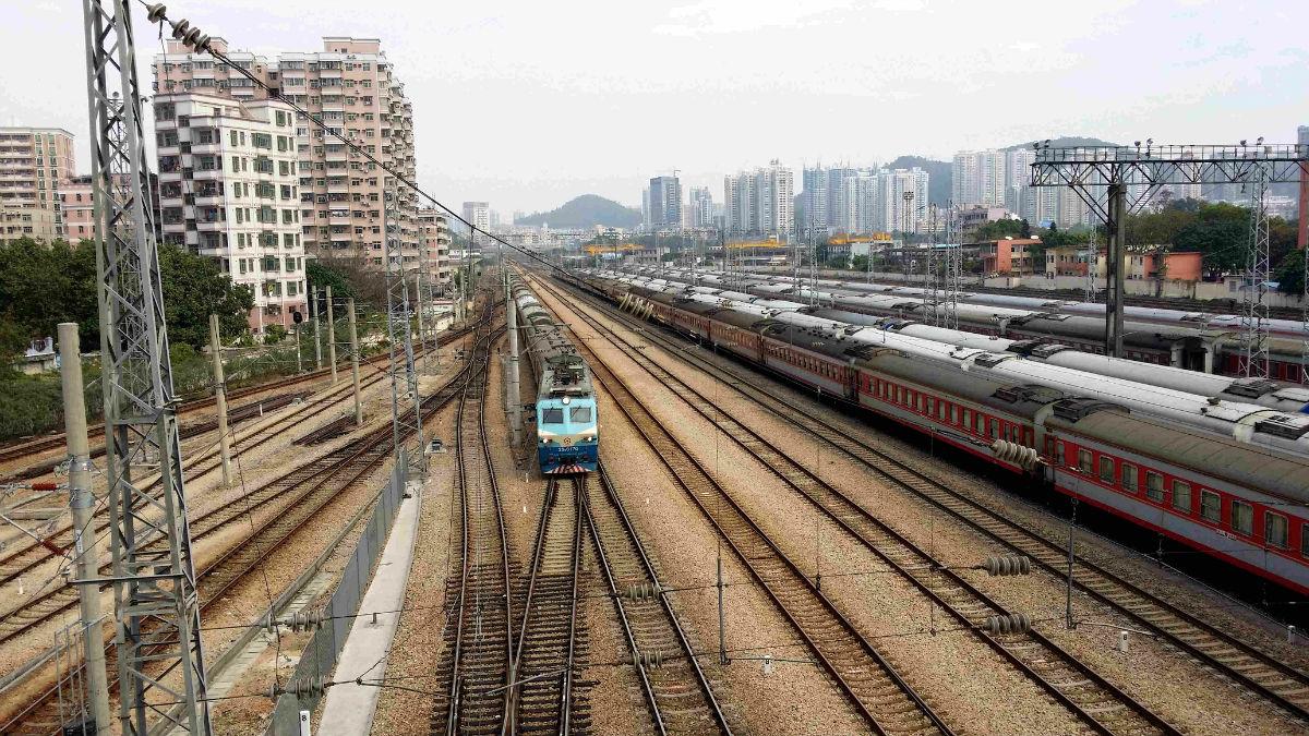 深圳到襄阳的火车