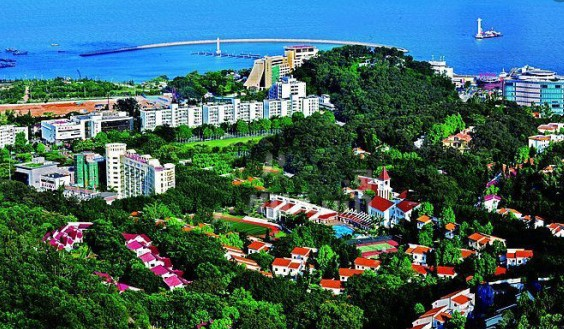 深圳/目前,深圳湾超级总部基地毫无意外的再次出现在公众的视野中,...