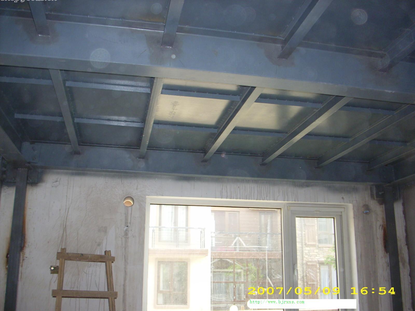 家在深圳  装修论坛 施工队园地  > 北京房屋加顶钢结构制作88683005