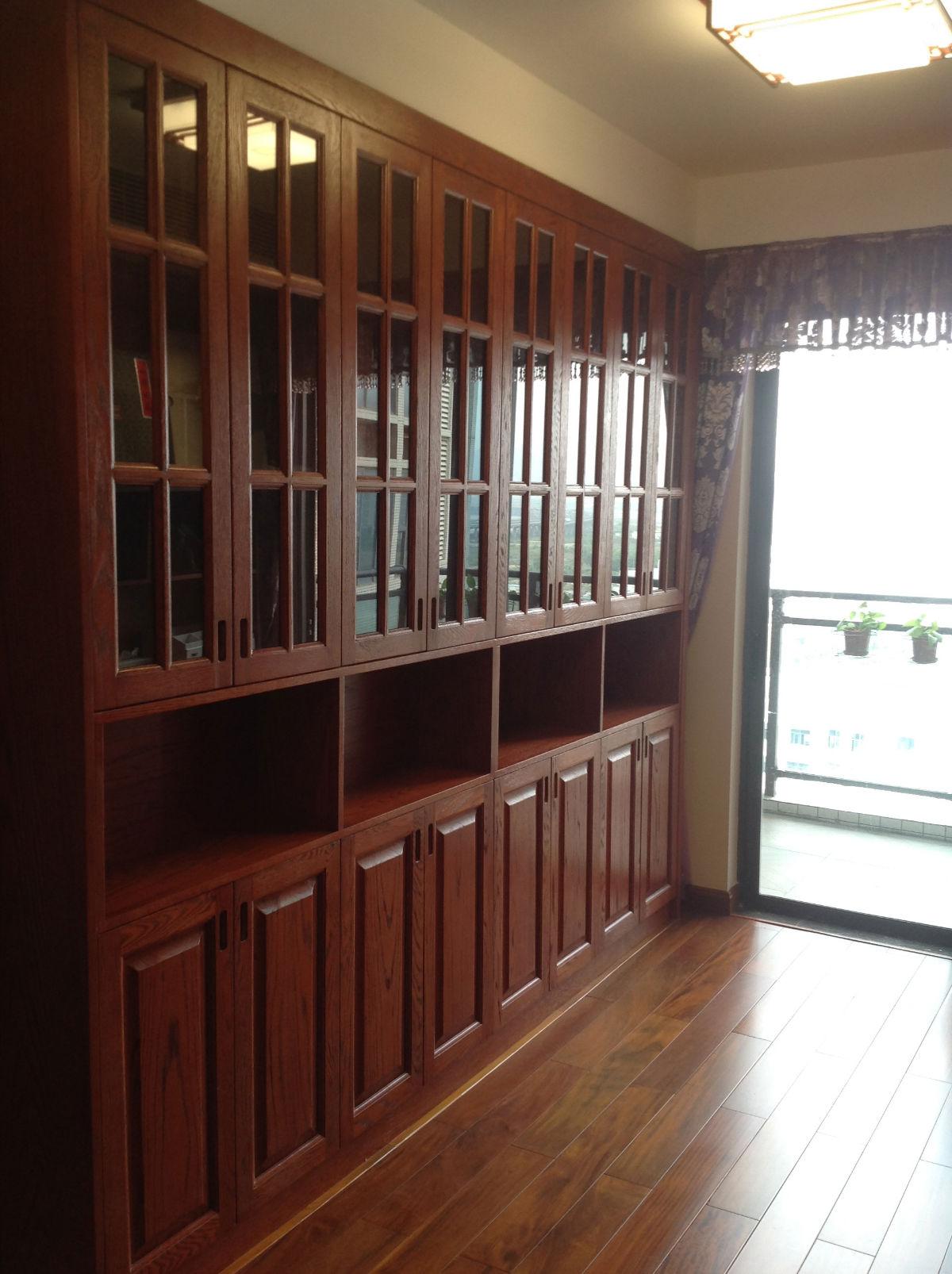 红橡实木书柜,花梨木地板