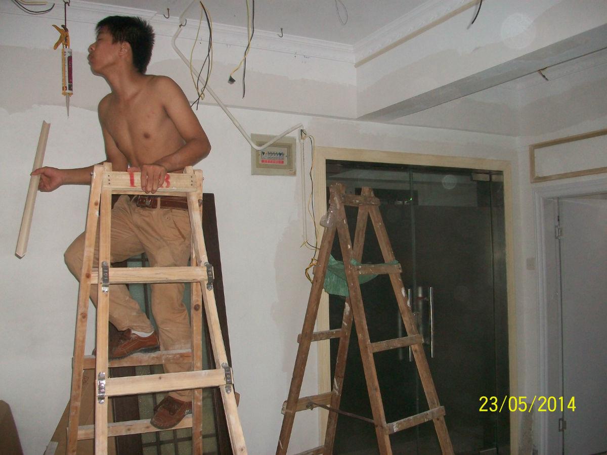 木工制作 欧式实木线条制作的造型的墙面