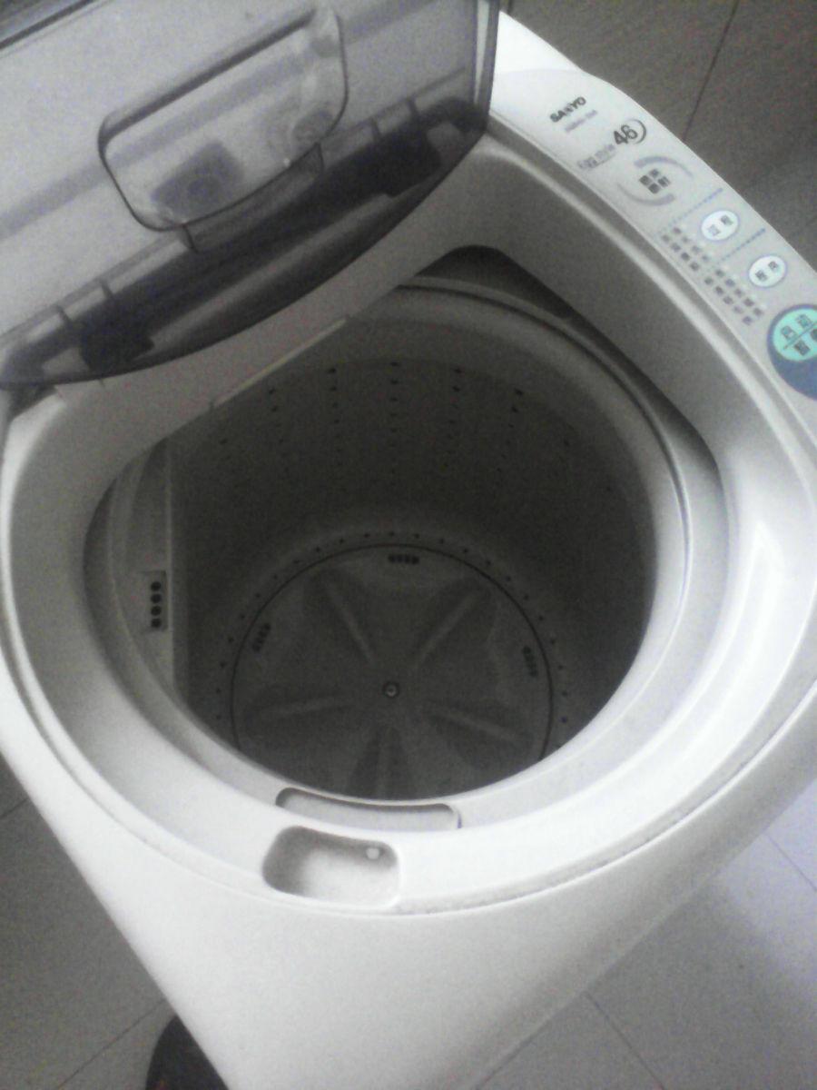 自用多年的三洋波轮洗衣机