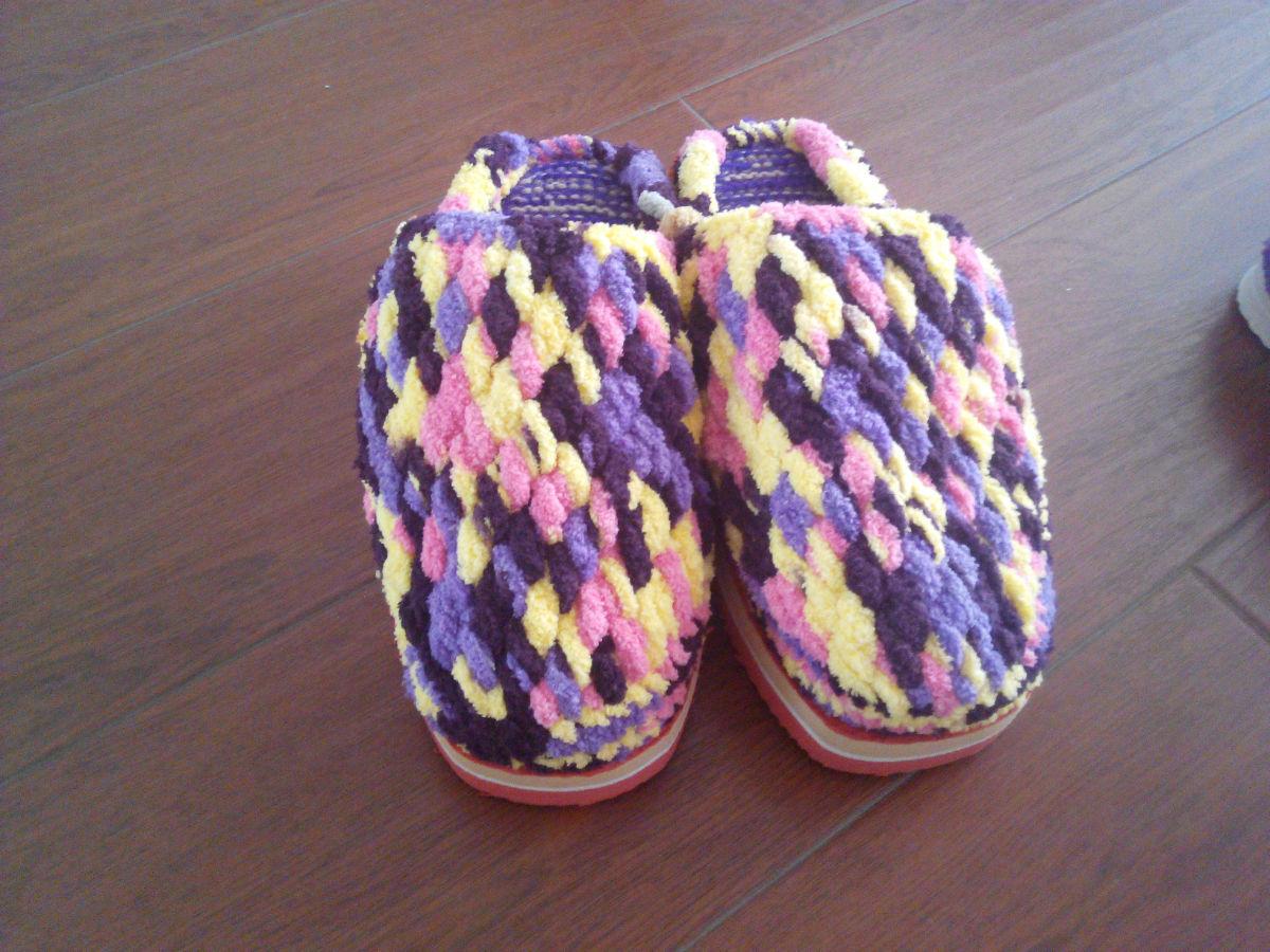 婆婆纯手工勾的粗毛线拖鞋