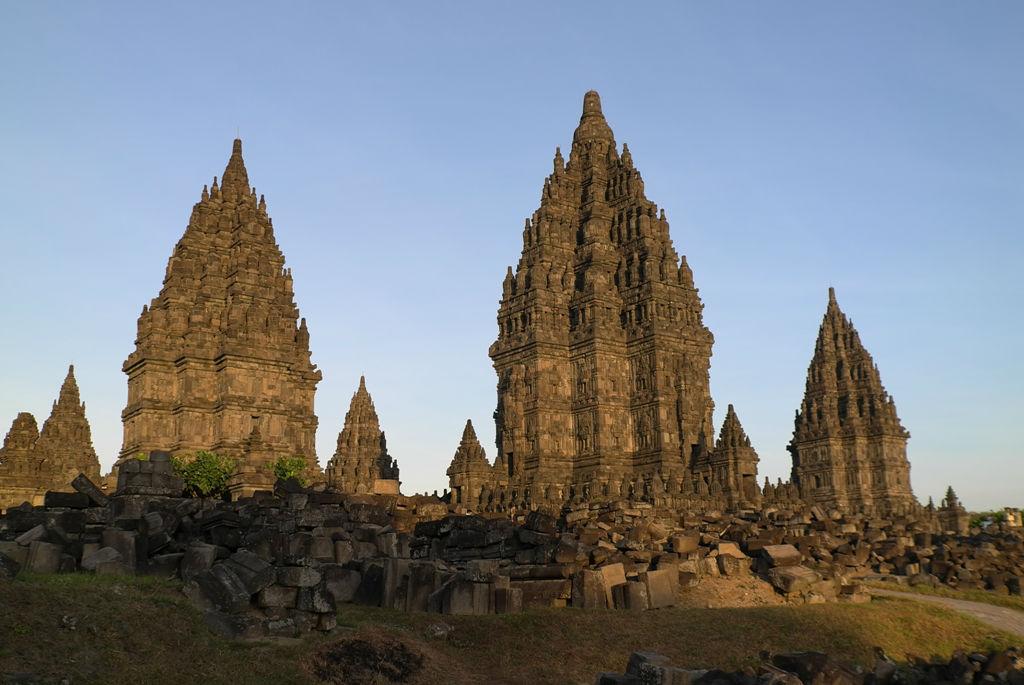 巴厘岛,曼谷开心之旅(附攻略)   陵庙群分成两个大院.