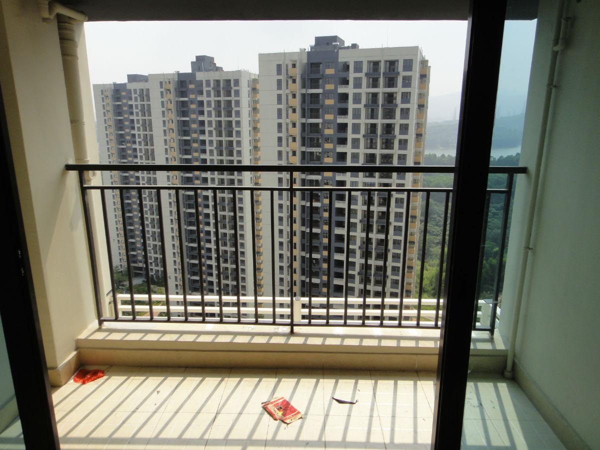阳台下水管道为什么要刷外墙涂料?